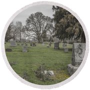 Pioneer Resting Place Round Beach Towel