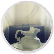 Pitcher And Basin Round Beach Towel