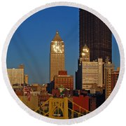 Pittsburg At Dusk Round Beach Towel