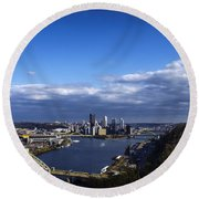 Pittsburgh At Dusk Round Beach Towel