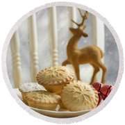 Plate Of Mince Pies Round Beach Towel