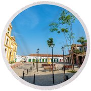 Plaza In Mompox Round Beach Towel