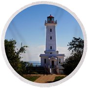Point Abino Lighthouse Path Round Beach Towel