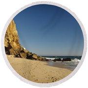Point Dume At Zuma Beach Round Beach Towel