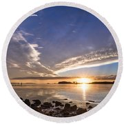 Point Of The Sunset Round Beach Towel