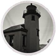 Point Robinson Lighthouse 2 Round Beach Towel