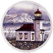 Point Robinson Lighthouse Round Beach Towel