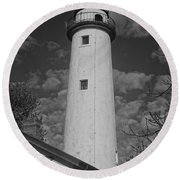 Pointe Aux Barques Lighthouse Black And White Round Beach Towel