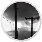 Poles And Sunsets In Black And White Round Beach Towel