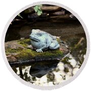Pond Frog Statuette Round Beach Towel