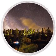 Pop Up Camper Under The Milky Way Sky Round Beach Towel