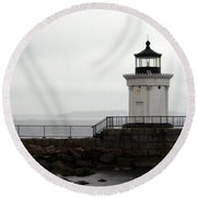 Portland Breakwater Light On A Hazy Day - Maine Round Beach Towel