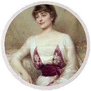 Portrait Of A Countess Round Beach Towel