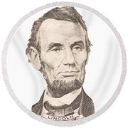 Portrait Of Abraham Lincoln On White Background Round Beach Towel