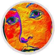 Portrait Of Venus Round Beach Towel