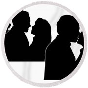 Prelude To A Kiss Round Beach Towel