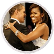 President And Michelle Obama Round Beach Towel