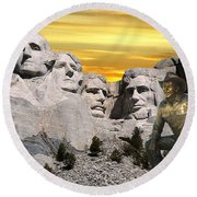 President Reagan At Mount Rushmore Round Beach Towel
