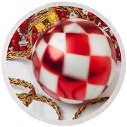 Pretty Christmas Ornament Round Beach Towel