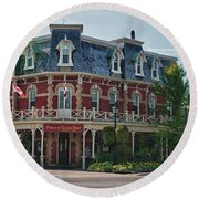 Prince Of Wales Hotel 9000 Round Beach Towel