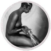 Profile Of Josephine Baker Round Beach Towel
