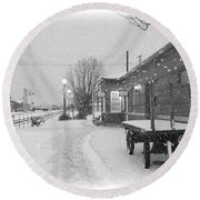 Prosser Winter Train Station  Round Beach Towel