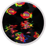Psychedelic Flying Fish With Psychedelic Reflections Round Beach Towel