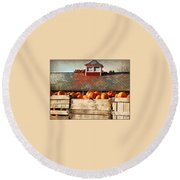Pumpkin Crates Barn  Round Beach Towel