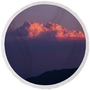 Pyrocumulus At Sunset Round Beach Towel