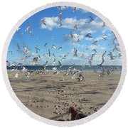 Quick Fly Away Round Beach Towel