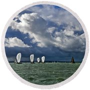 Racing Yachts In The Solent Round Beach Towel