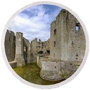 Raglan Castle - 4 Round Beach Towel