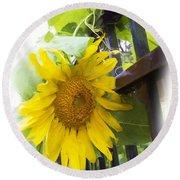 Railed Sunflower Round Beach Towel