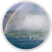 Rainbow Over Niagara. Round Beach Towel