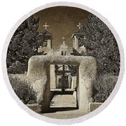 Ranchos Gate On Rice Paper Round Beach Towel