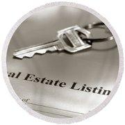 Real Estate Listing And Hosue Keys Round Beach Towel