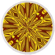 Red And Gold Christmas Kaleidescope Round Beach Towel