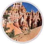 Red And White Rocks - Bryce Canyon Round Beach Towel