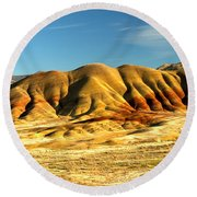 Red And Yellow Painted Hills Round Beach Towel
