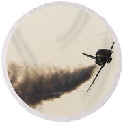Red Arrow Sweeps In Round Beach Towel