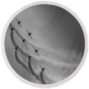 Red Arrows Diamond 9 Round Beach Towel