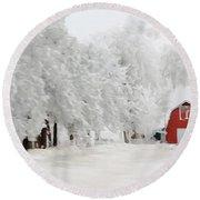Red Barn In Winter Round Beach Towel