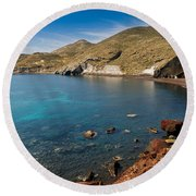 Red Beach Santorini Round Beach Towel