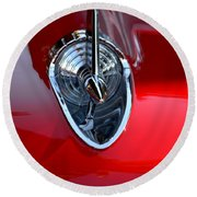 Red Chevy Hood Ornement Round Beach Towel