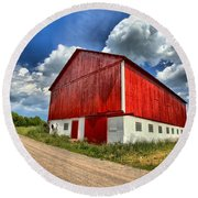 Red Country Barn Round Beach Towel