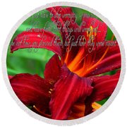 Red Day Lily And Quote Round Beach Towel