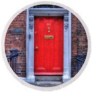 Red Door Dublin Ireland Round Beach Towel