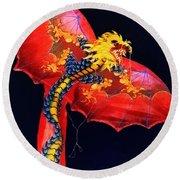 Red Dragon Kite Round Beach Towel