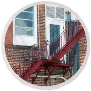 Red Fire Escape Usa II Round Beach Towel