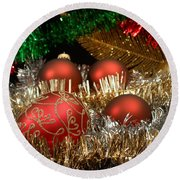 Red Gold Green Christmas Round Beach Towel